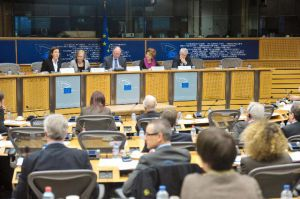 MEPs argue public procurers should look beyond lowest cost in awarding bids