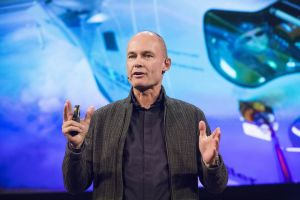 Bertrand Piccard challenges procurers to buy better